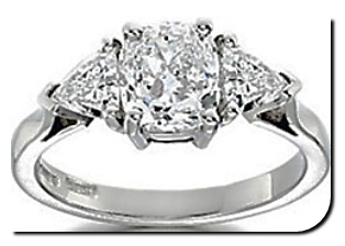Cushion Diamond Side Stone Setting