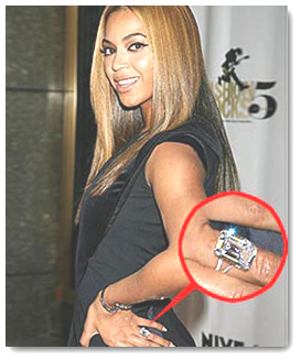 Beyonce with Emerald Diamond Ring
