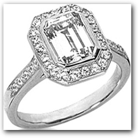 Emerald Diamond Side Stone Setting